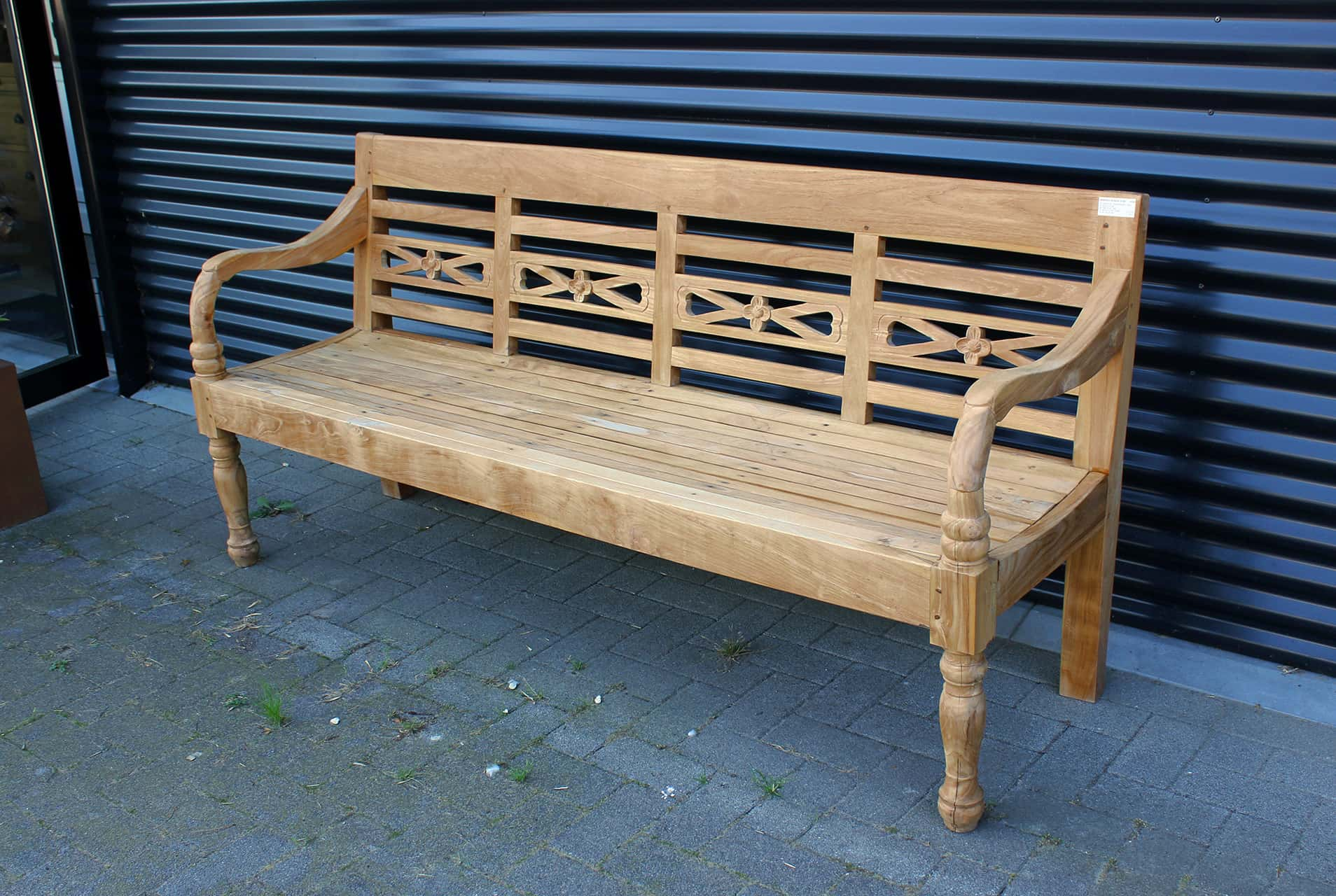 Bangku Bunga O190 | teak garden bench from Indonesia in modern smooth untreated teak. Teak station bench in different sizes at TEAK2.