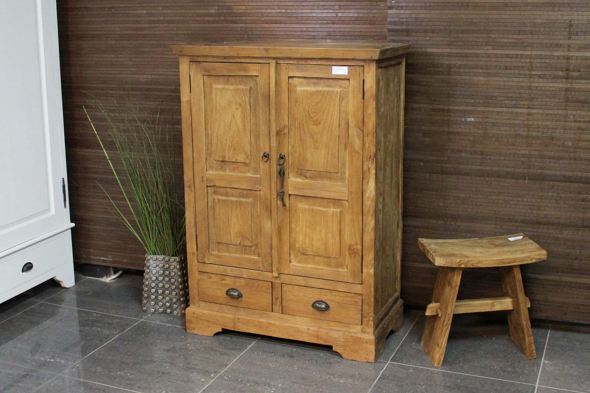 Cuci Lirih 90 Old 2 | small teak cabinet with 2 drawers from Indonesia in brushed old teak. Wall cabinet with revolving doors - teak store TEAK2.