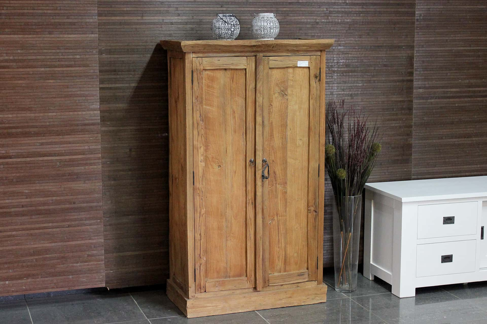 Cuci Rata Laci 90 Old | teak cabinet from Indonesia with revolving doors and drawers behind the doors. Small and separate teak wall cabinet - furniture shop TEAK2.