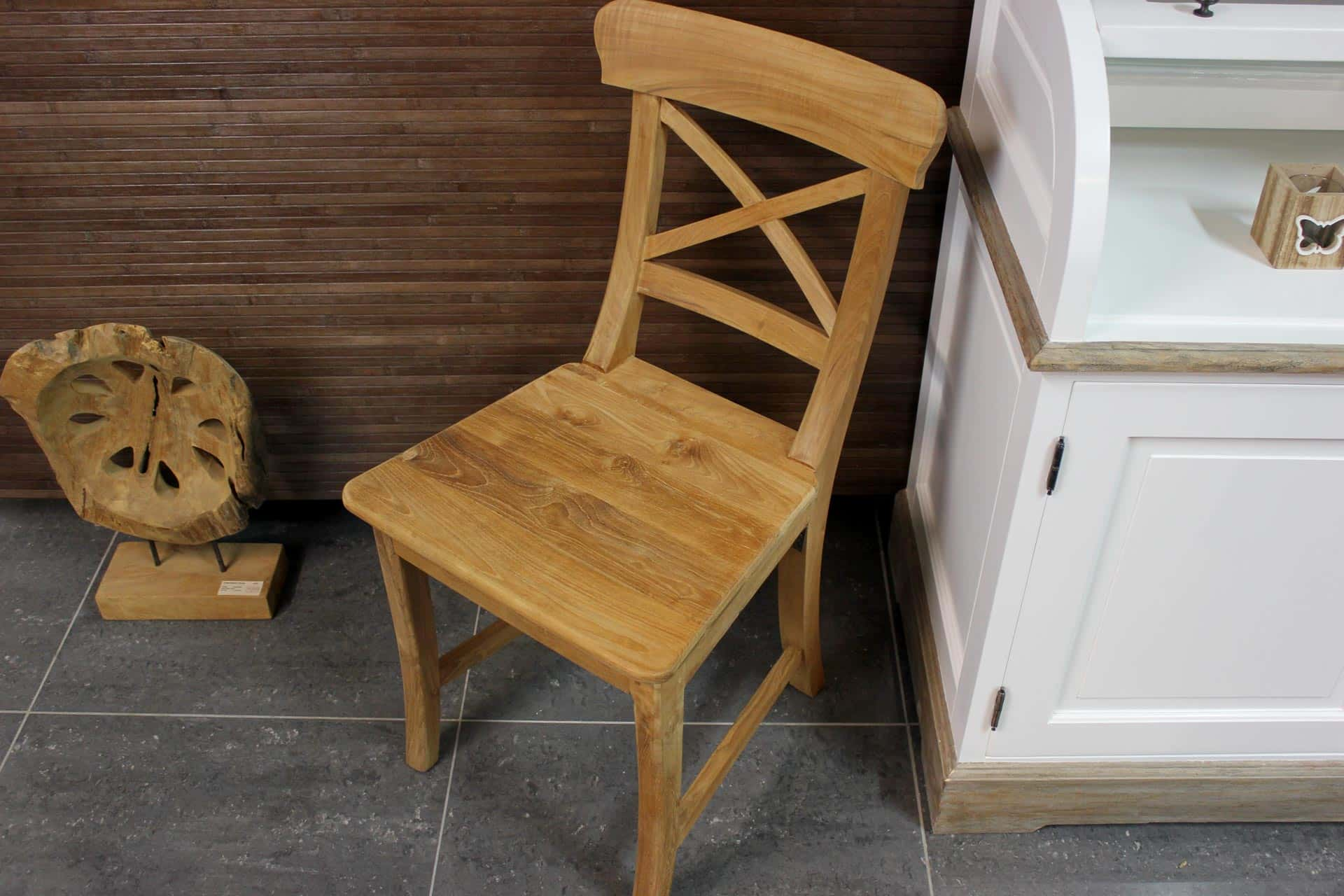 Teak Kursi Palang | modern wooden chair in smooth teak. Solid & comfortable dining chair. Quality from Indonesia, teak furniture store TEAK2.